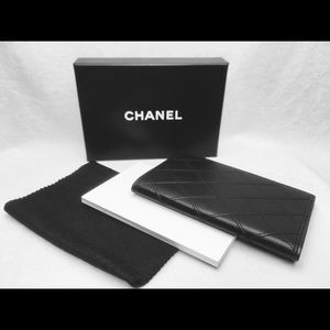 CHANEL Diamond Black Lambskin Notepad